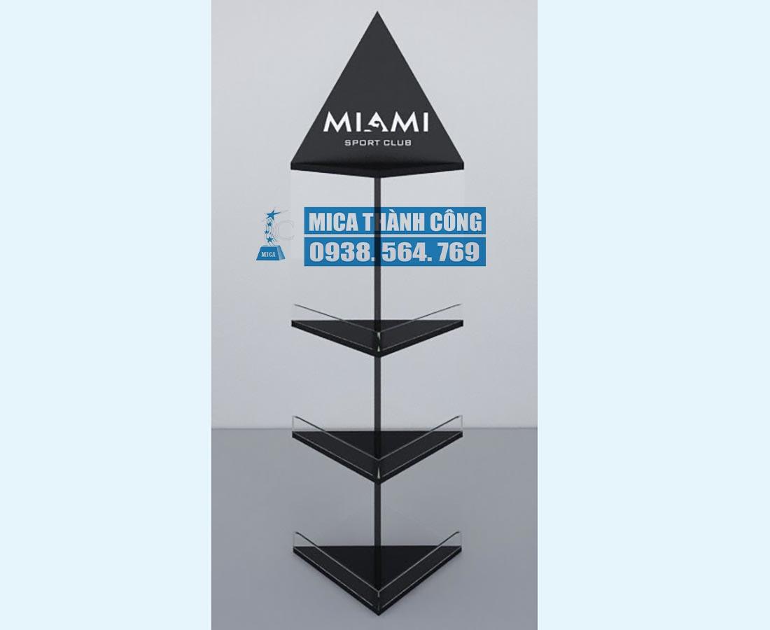 Kệ mica trưng bày sản phẩm